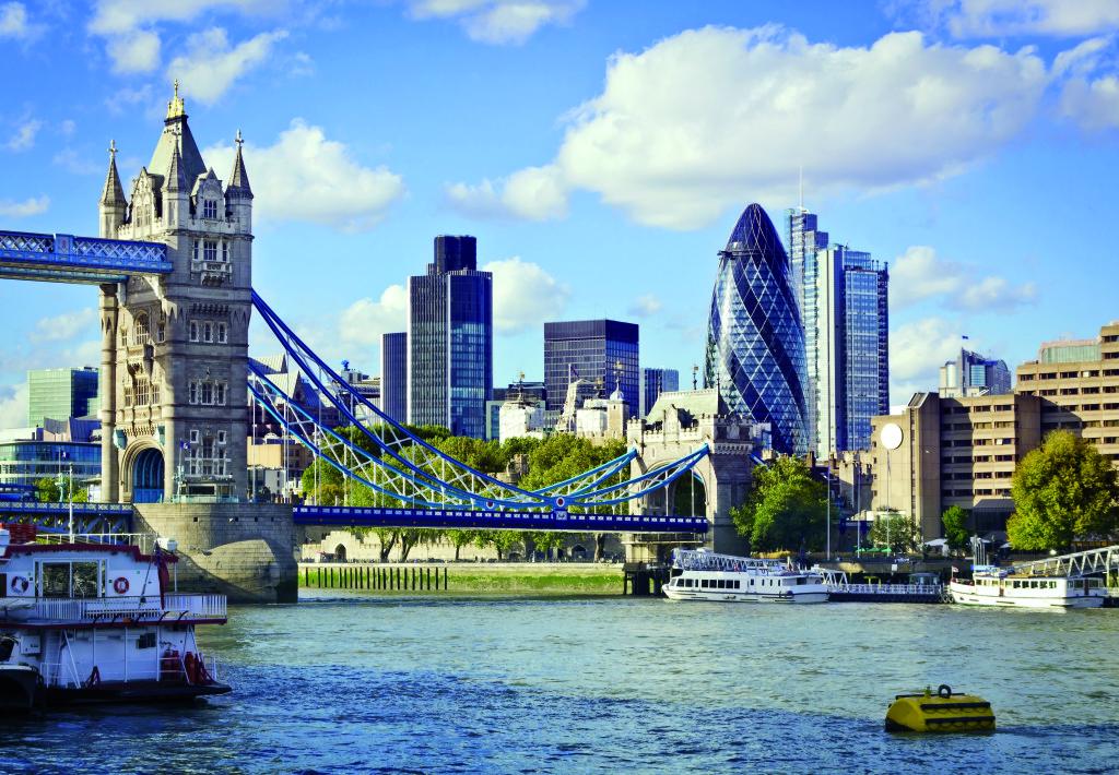 Londres city a roport bergerac dordogne p rigord for Tour city londres